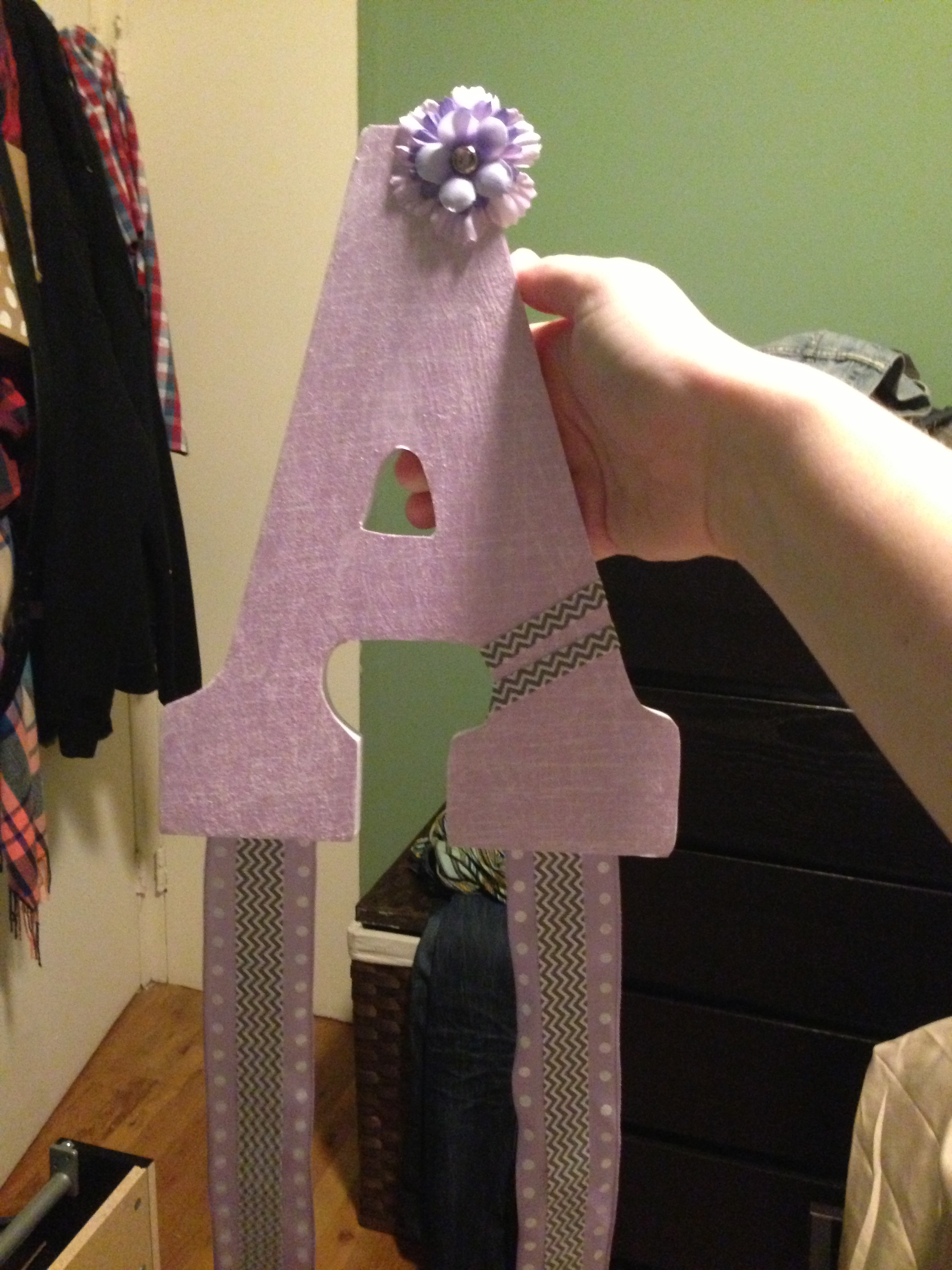 Bow holder for the princess!