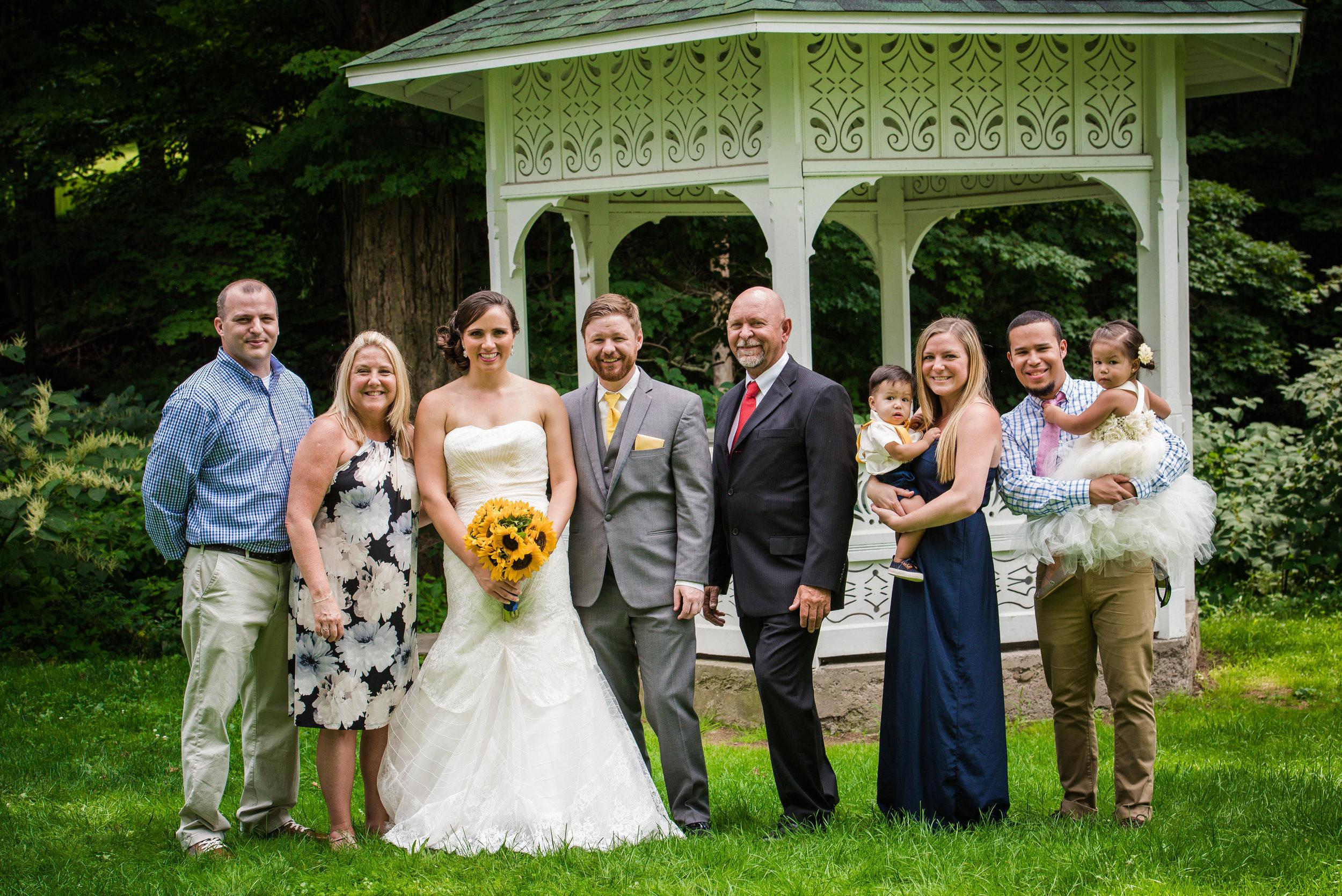 A few more wedding pics!