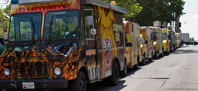 2013_07_24_foodtrucks.jpg