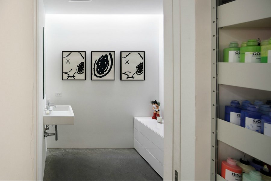 wonder-wall-kaws-studio-7.jpg