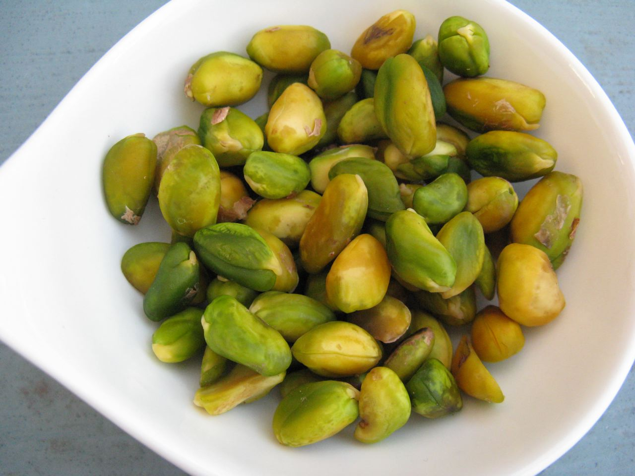 A small handful of these raw, unshelled and unsalted nuts go a long way!