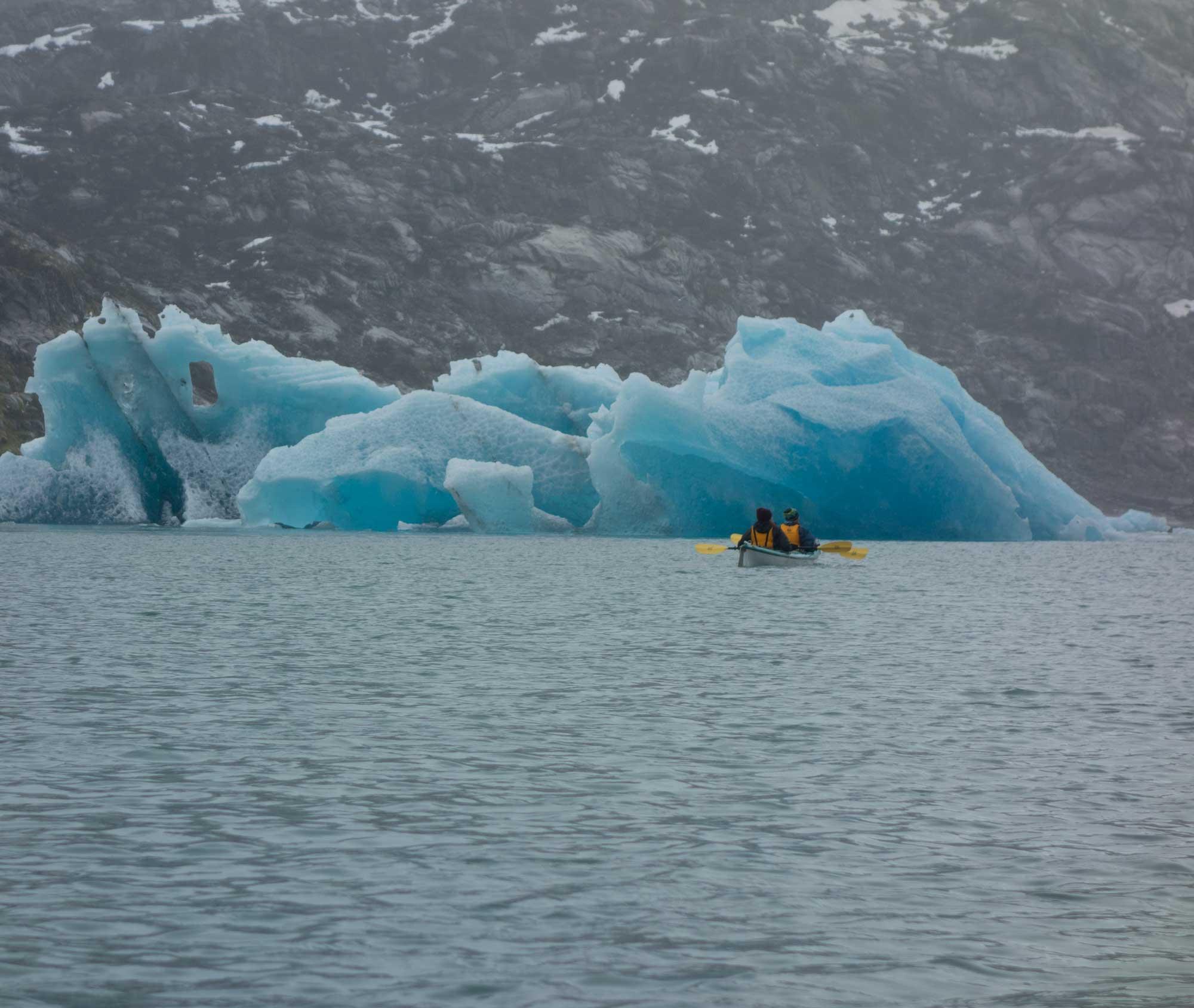 PWS_icebergkayak.jpg