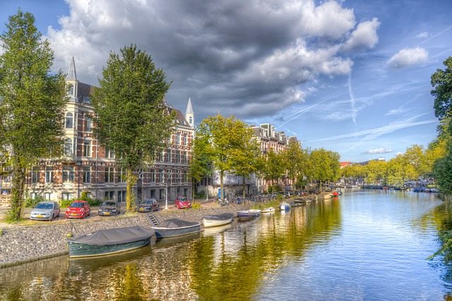 amsterdam-3714591_640.jpg