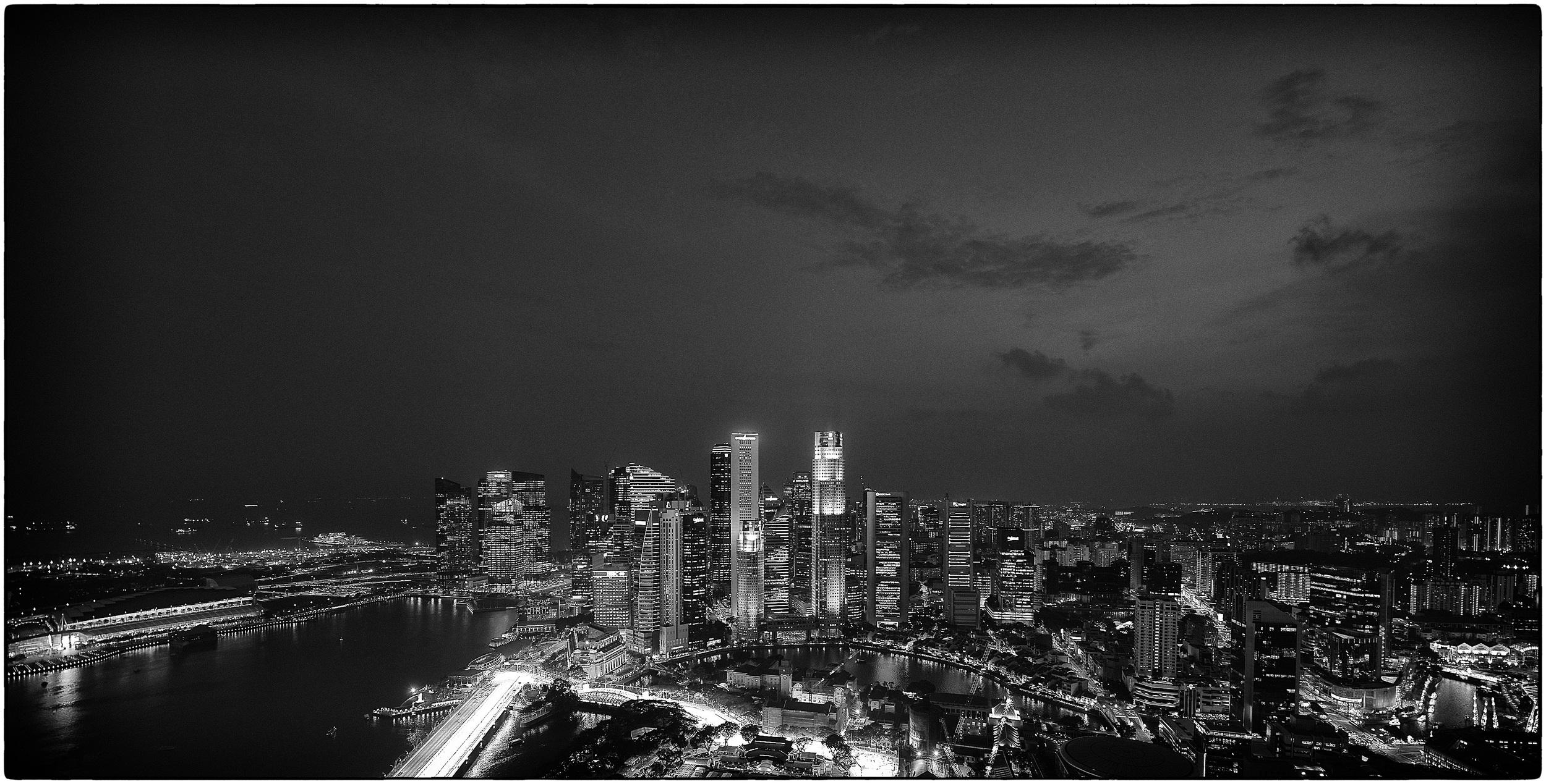 skylinebw.jpg