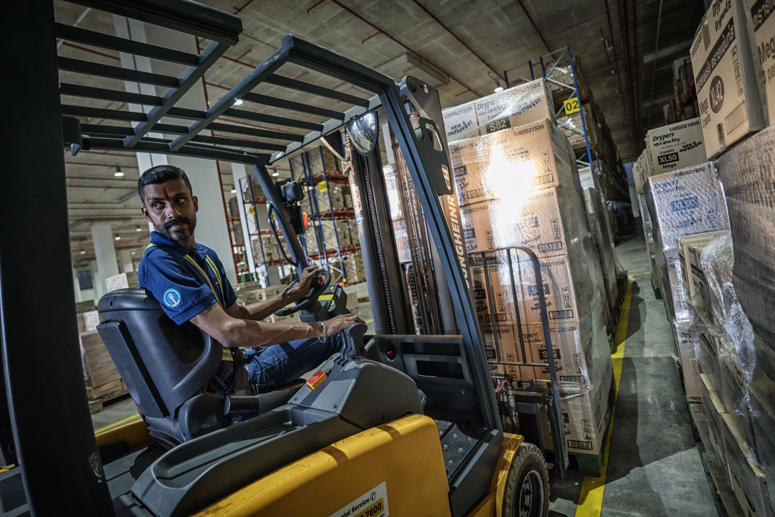 Forklift Operator (A7RII, Batis 2.8/18mm, ISO1000, f2.8 @ 1/100)