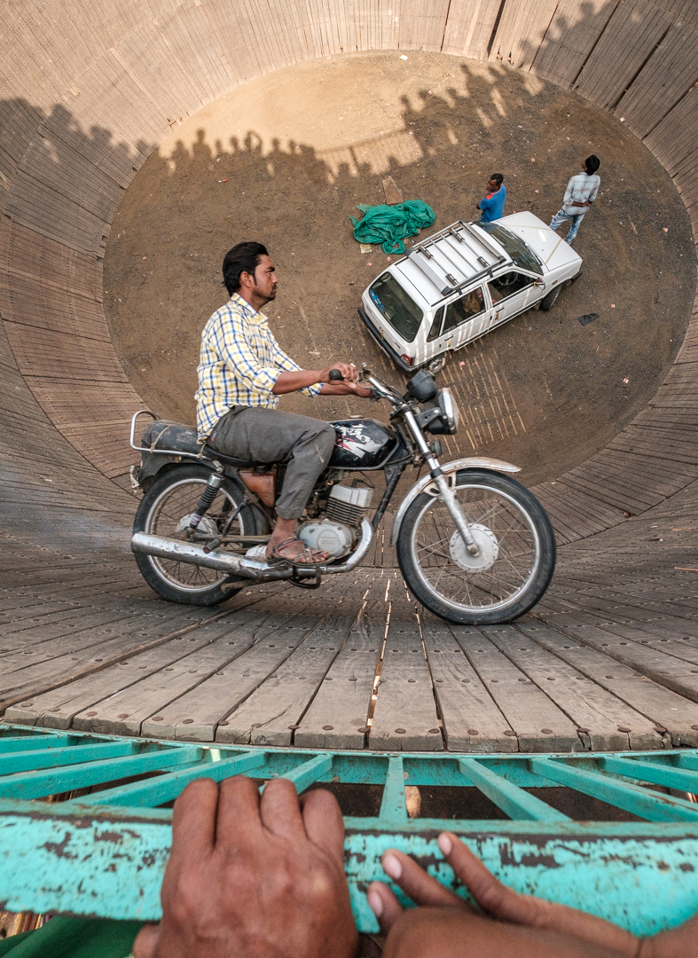 ©David Julian_INDIA, motorcycle stuntman, Chandrabhaga Fair-208659.jpg