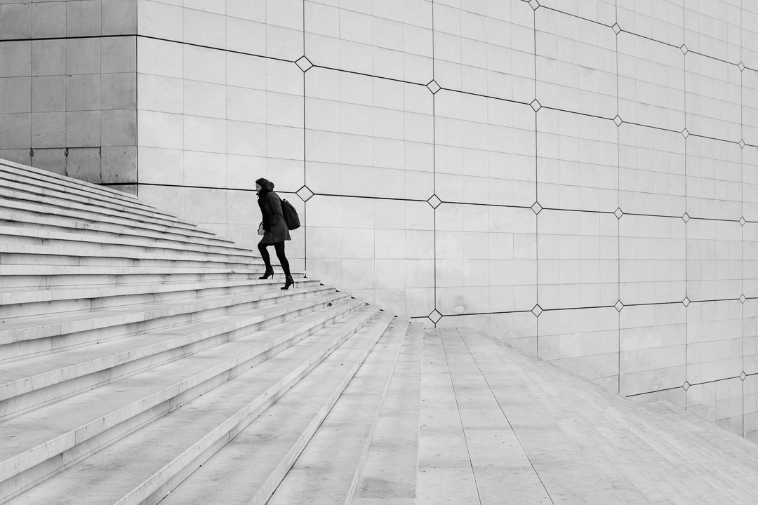 ©Valérie Jardin  The new Photo Challenge is all about using LINES in your street photography. Enter by Dec. 6 in the comment section of this episode. Good luck!
