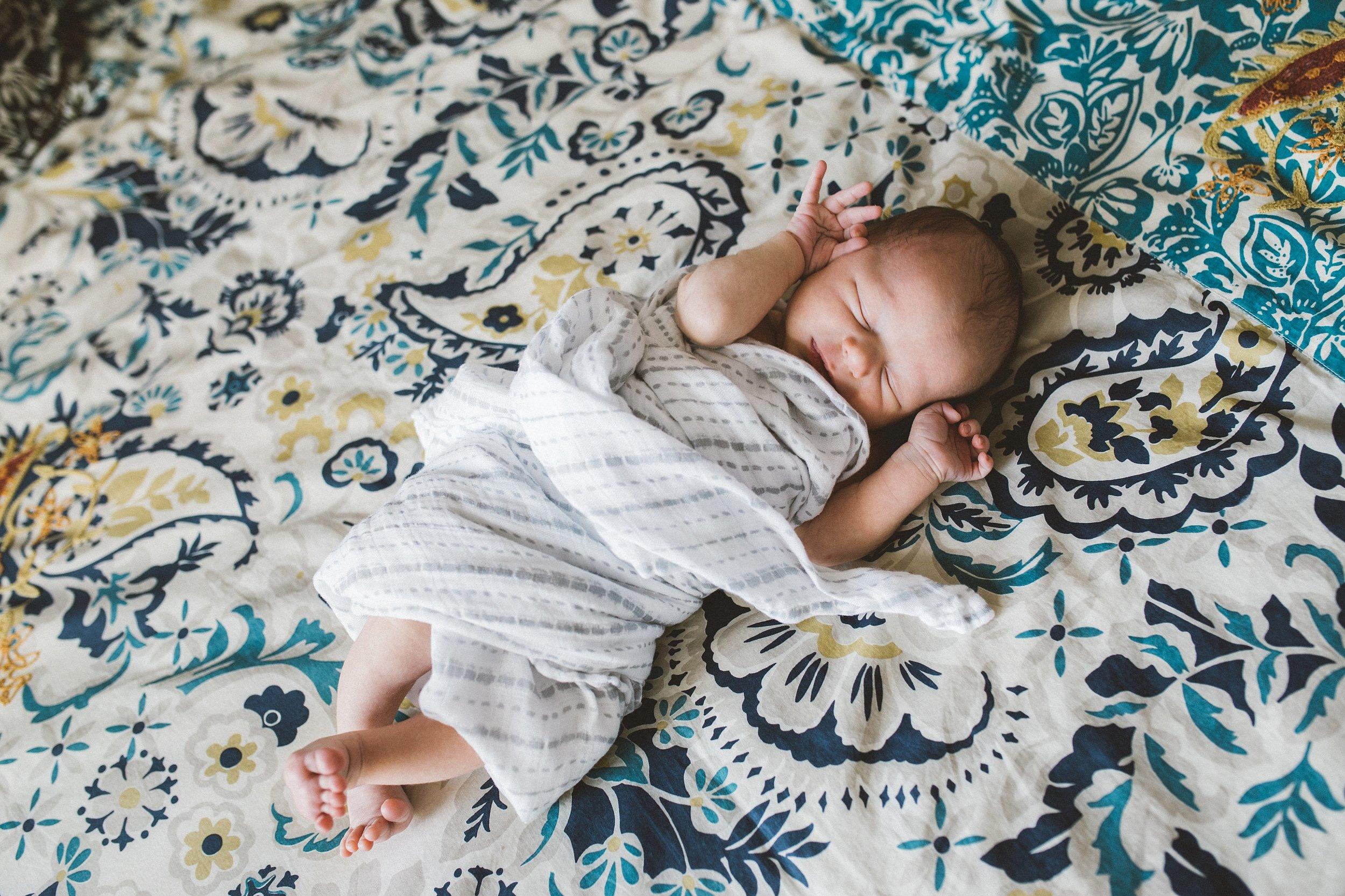 manhattan lifestyle newborn photographer_0189.jpg