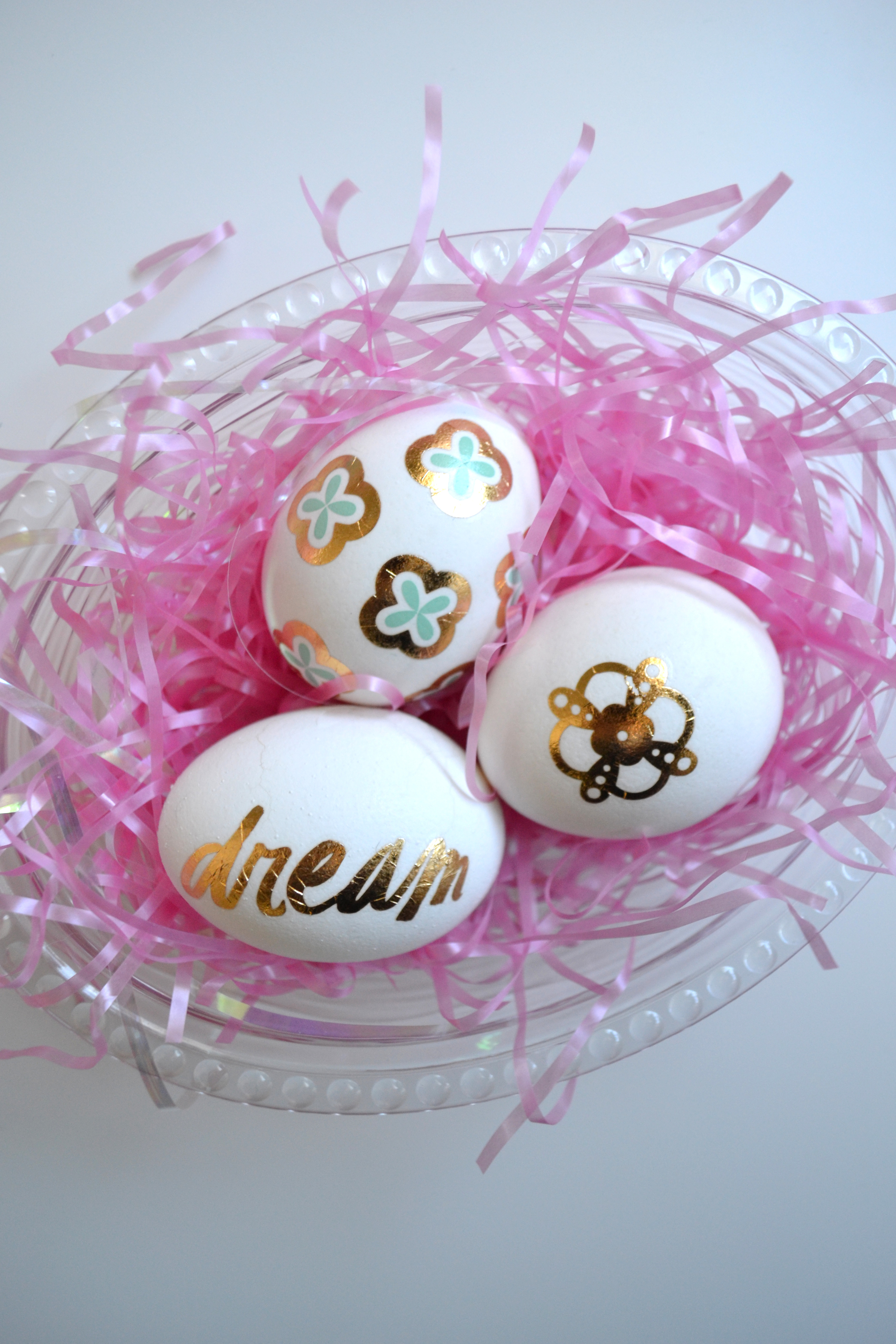 using FANCY TATS™ Metallic Tattoos to decorate Easter eggs (!!!) | me & my BIG ideas