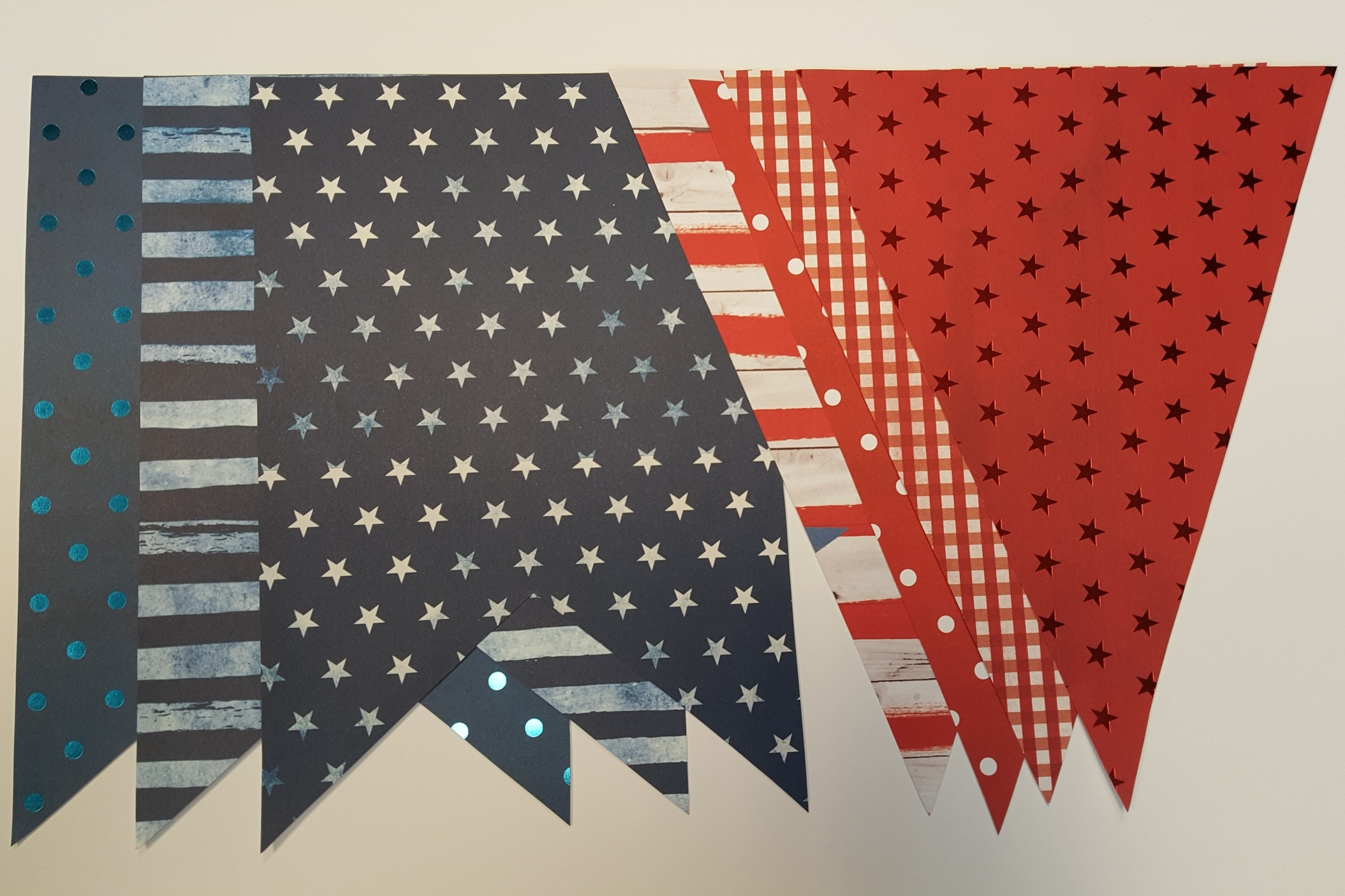DIY Holiday Decor - 4th of July Banner | me & my BIG ideas