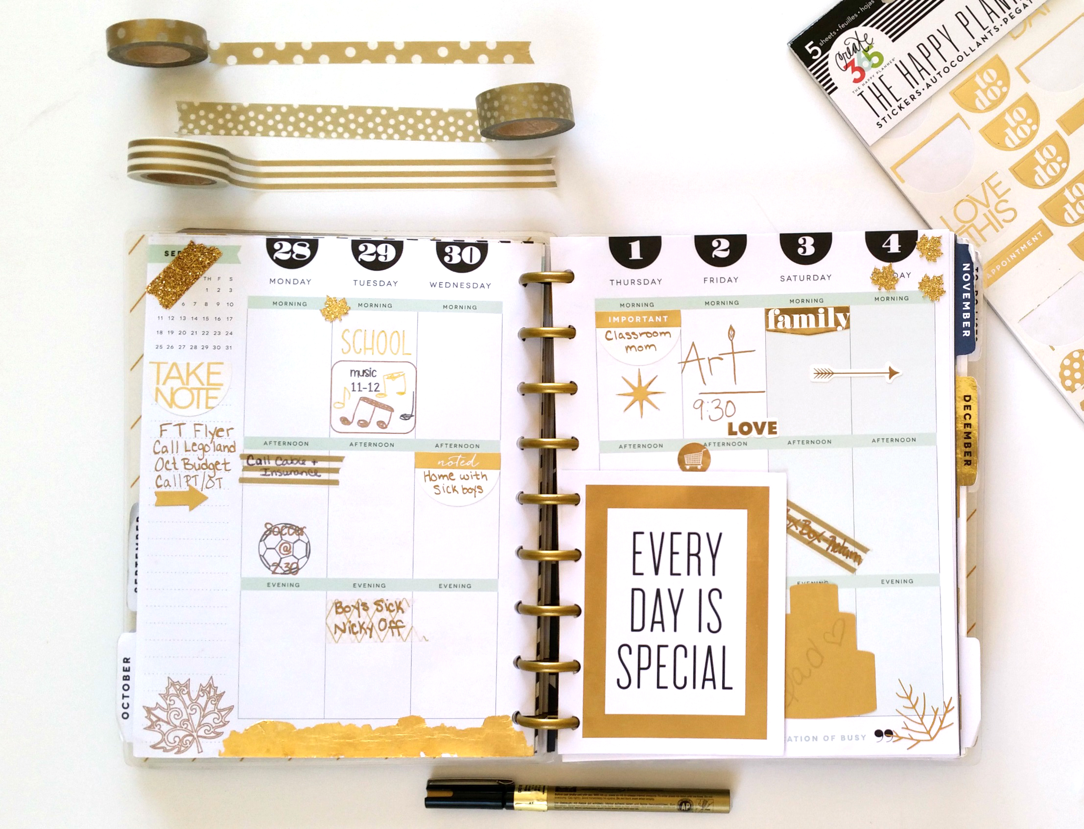 Every Day is Special golden weekly layout in The Happy Planner™ of mambi Design Team member Nicole Lensen | me & my BIG ideas