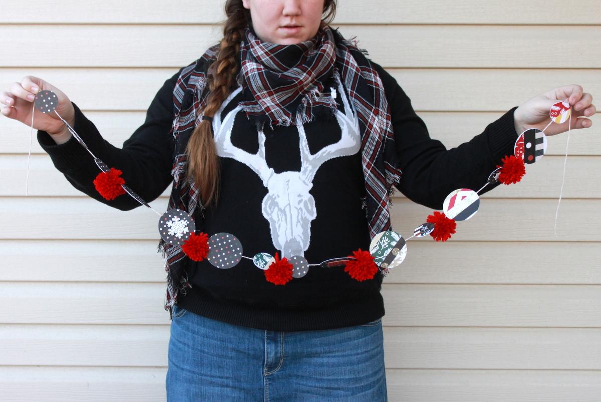 DIY Christmas garland by mambi Design Team member Heather Adams   me & my BIG ideas
