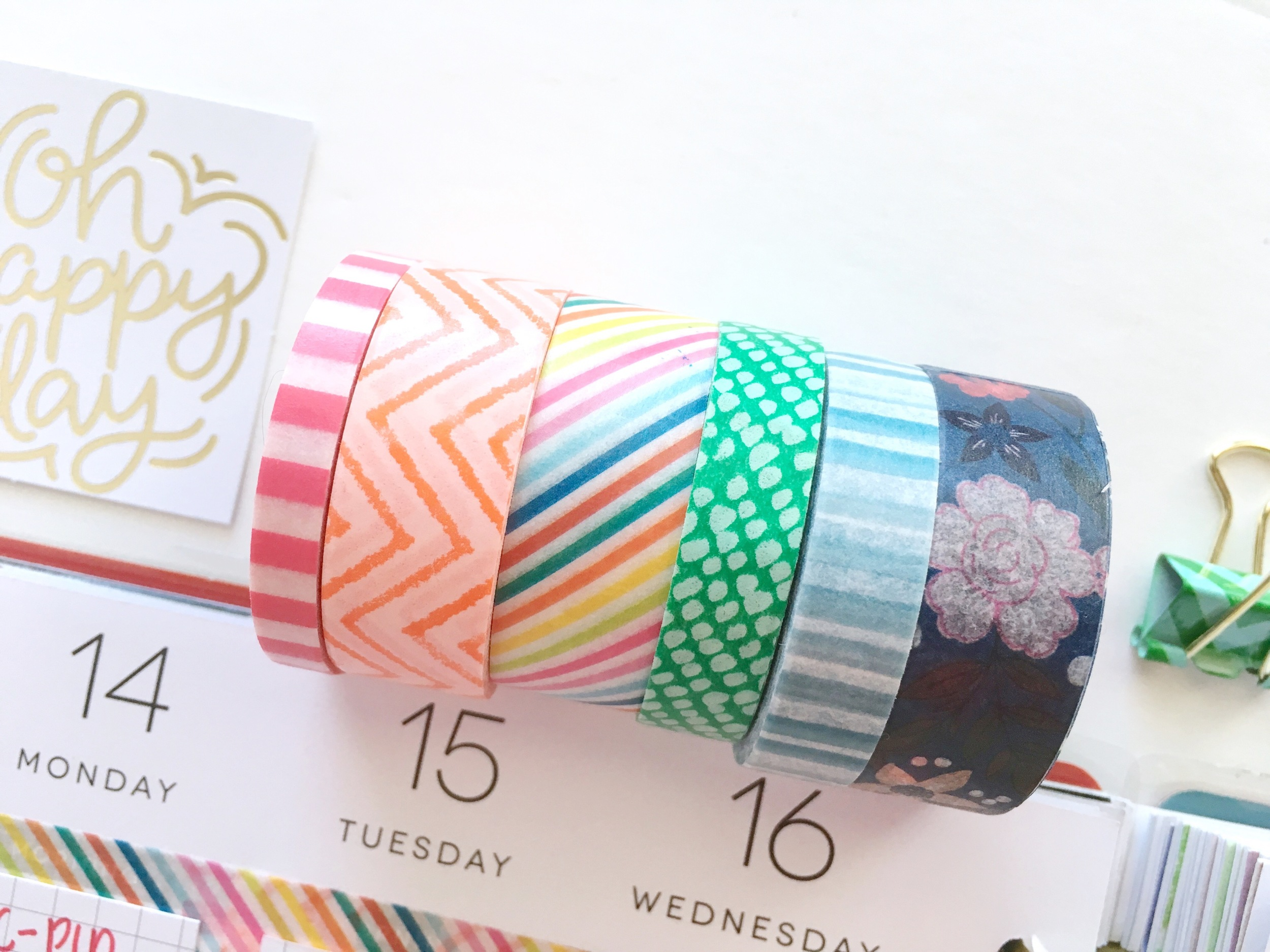 rainbow March weekly spread in The Happy Planner™ of mambi Design Team member Mary-Ann Maldonado | me & my BIG ideas