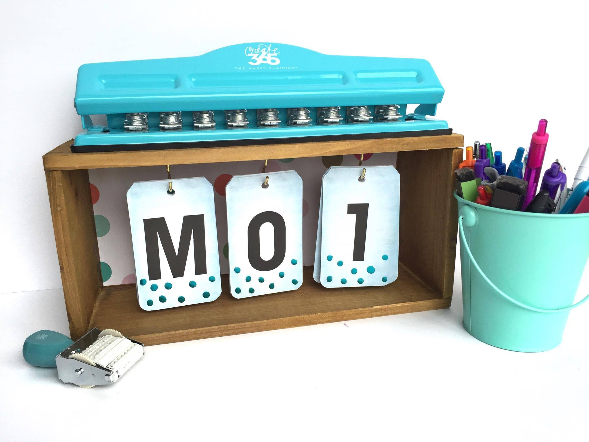 desk calendar craft by mambi Design Team member Megan McKenna | me & my BIG ideas