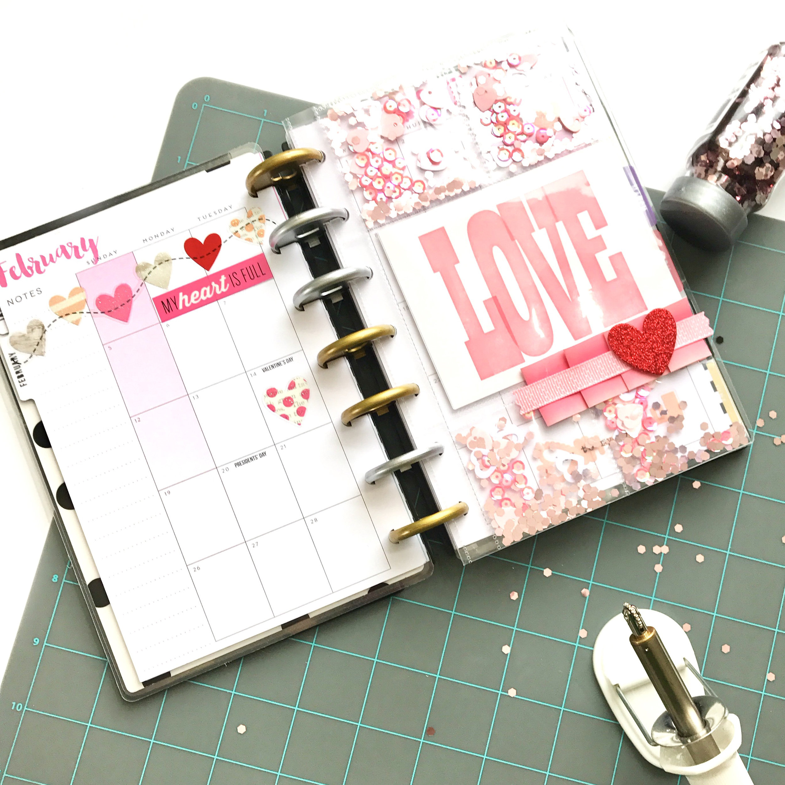Valentine's Shaker Pocket for the MINI Happy Planner® by mambi Design Team member Liz Nielson | me & my BIG ideas