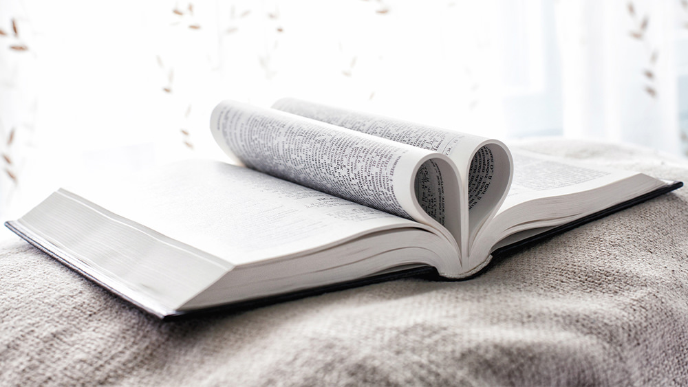 Una Palabra Encontrada en Cada Página de la Biblia