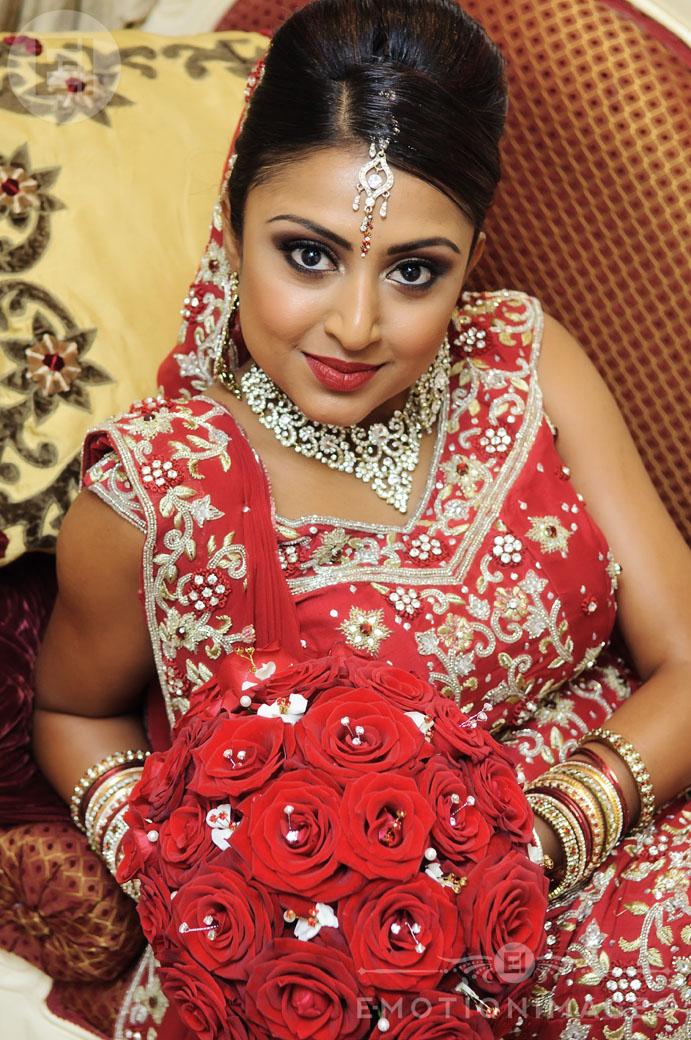 Asian Wedding Photographer London_032.jpg