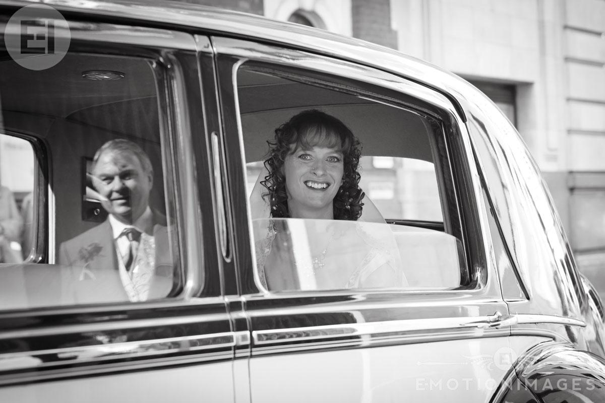 St Brides Wedding Photography by London Wedding Photographer_002.jpg