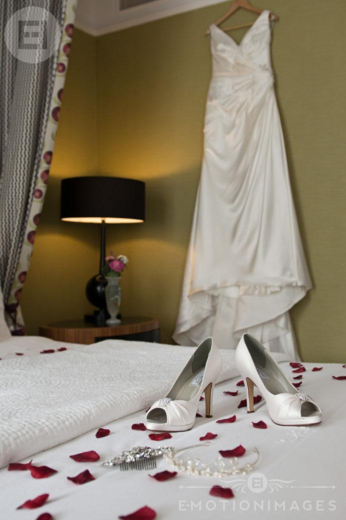 St Ermins Hotel Wedding Photography London 001.jpg