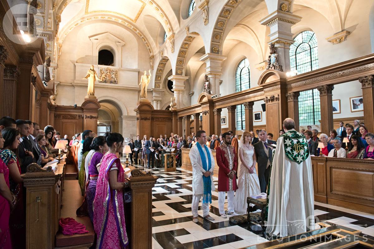 St Brides Wedding Photography by London Wedding Photographer_004.jpg