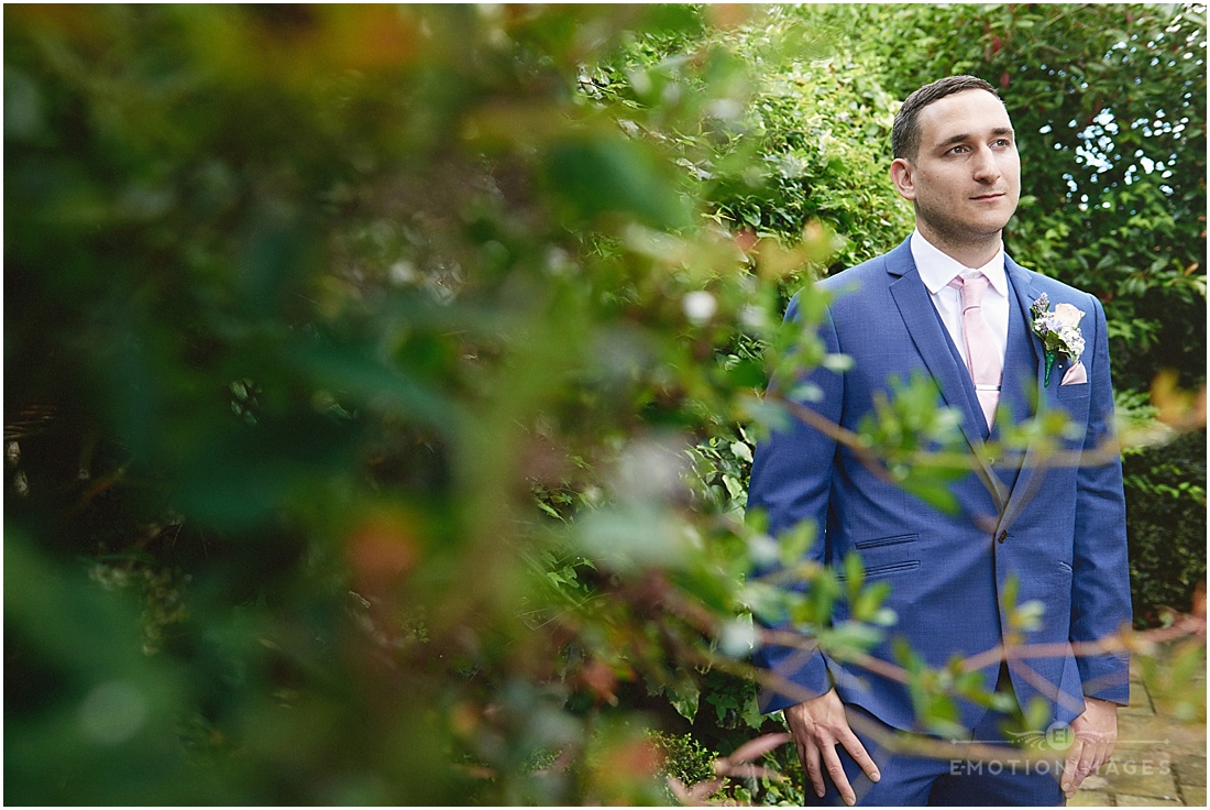 surrey-wedding-photographer_x004.JPG