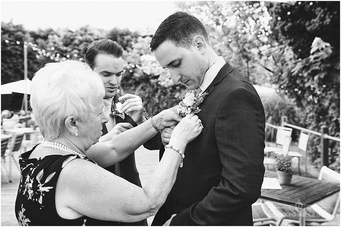 surrey-wedding-photographer_x003.JPG