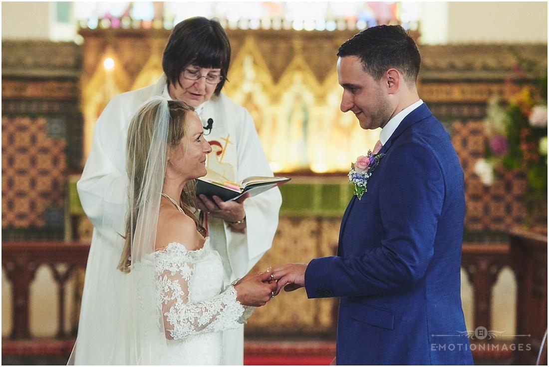 surrey-wedding-photographer_x009.JPG
