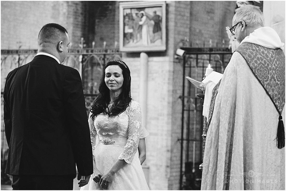 wedding-photographer--london_x104.JPG
