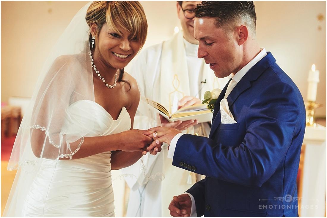hampshire-wedding-photographer-phil-bourne_003.JPG