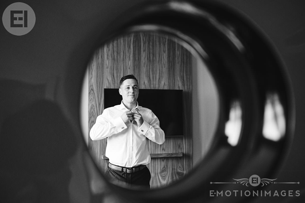 wedding-photographer-london_e-motionimages_014.JPG