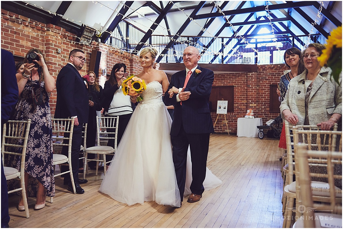 bedfordshire-wedding-photographer_e-motionimages_004.JPG