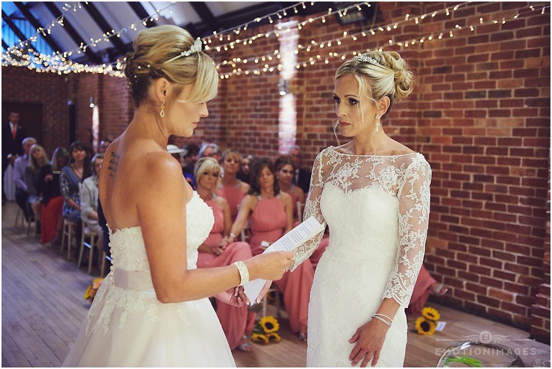 bedfordshire-wedding-photographer_e-motionimages_005.JPG