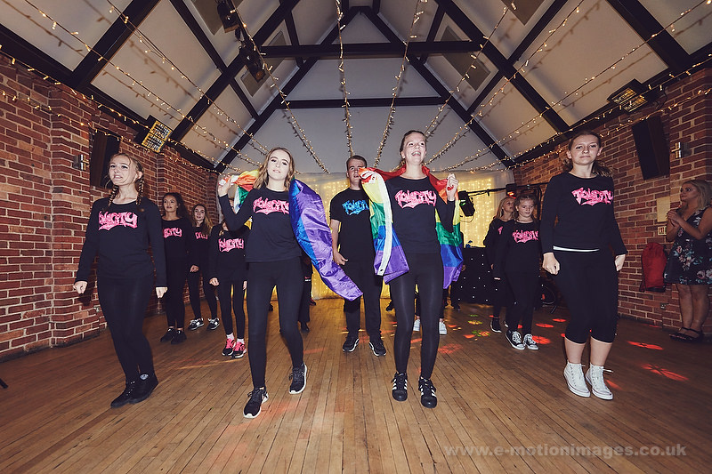 Laura_and_Sharon_160916_606_web_res.JPG
