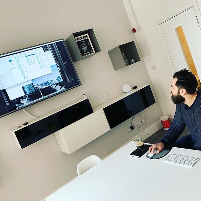 1st session in our new Borges room. Diego presenting motion concepts for our next site update.