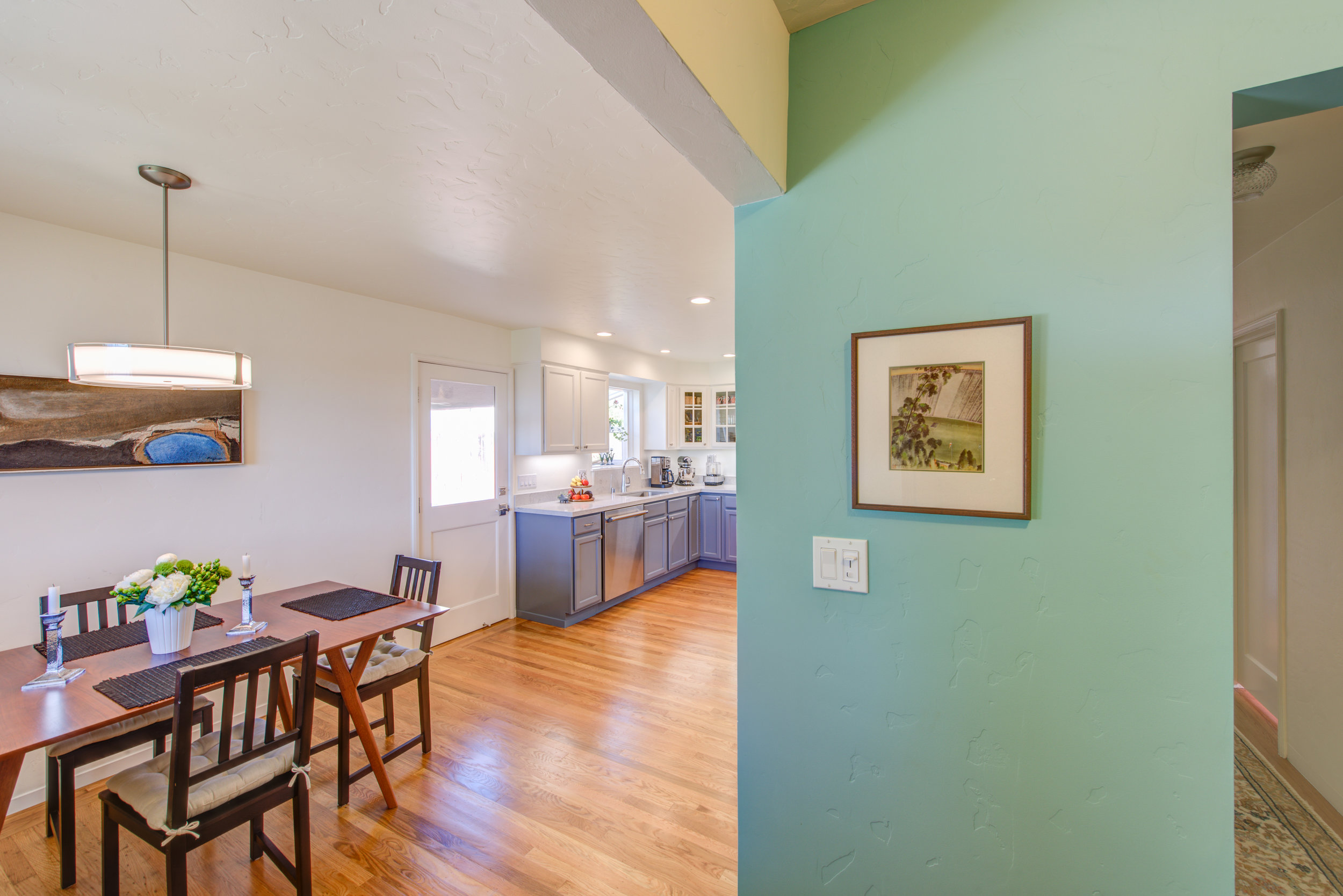 El Cerrito Modern Eclectic Kitchen — Design Set Match