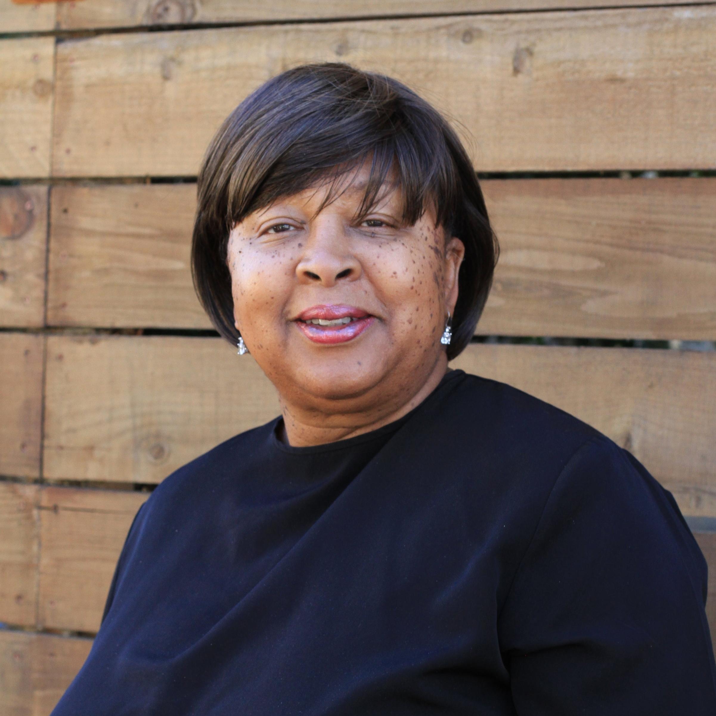 Irma Harris-Horne (Sr. Designer)