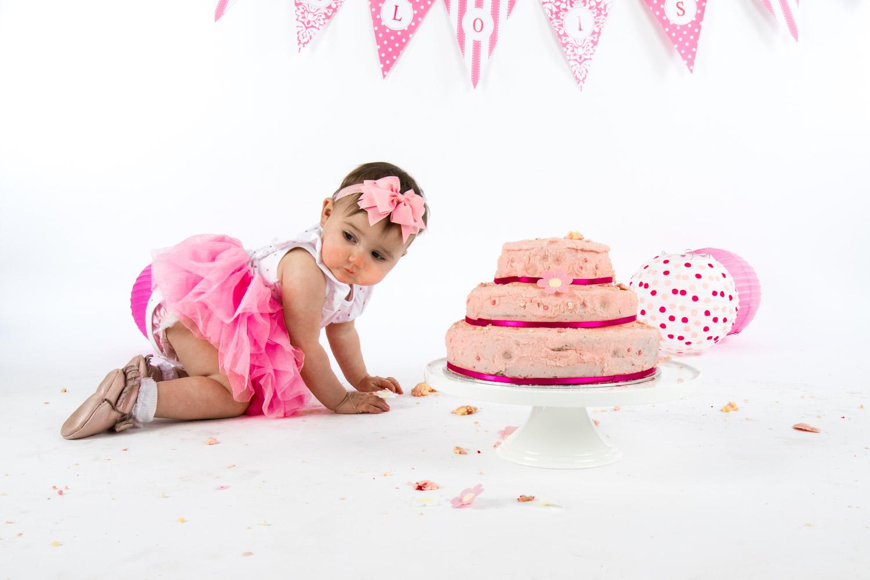 Eloise Cake Smash 2017 (14).jpg