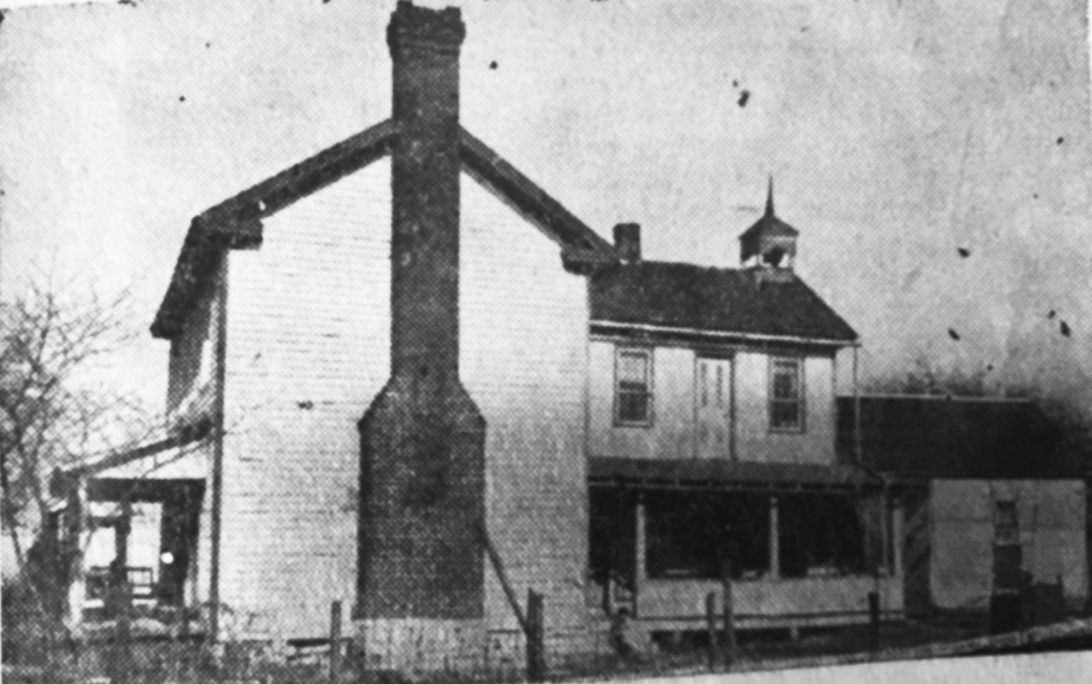 The former Ezra Kern tavern house in Fayetteville was in a good condition when the Indianapolis Sun Star printed the picture in 1941. Located near the intersection of current Old Farm Road and State Road 158, the house was razed in the early 1970s.