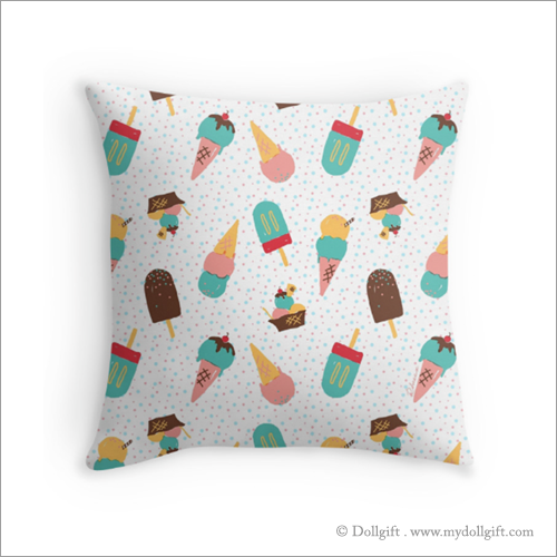 Throw pillow - Available in three different sizes, without or without insert
