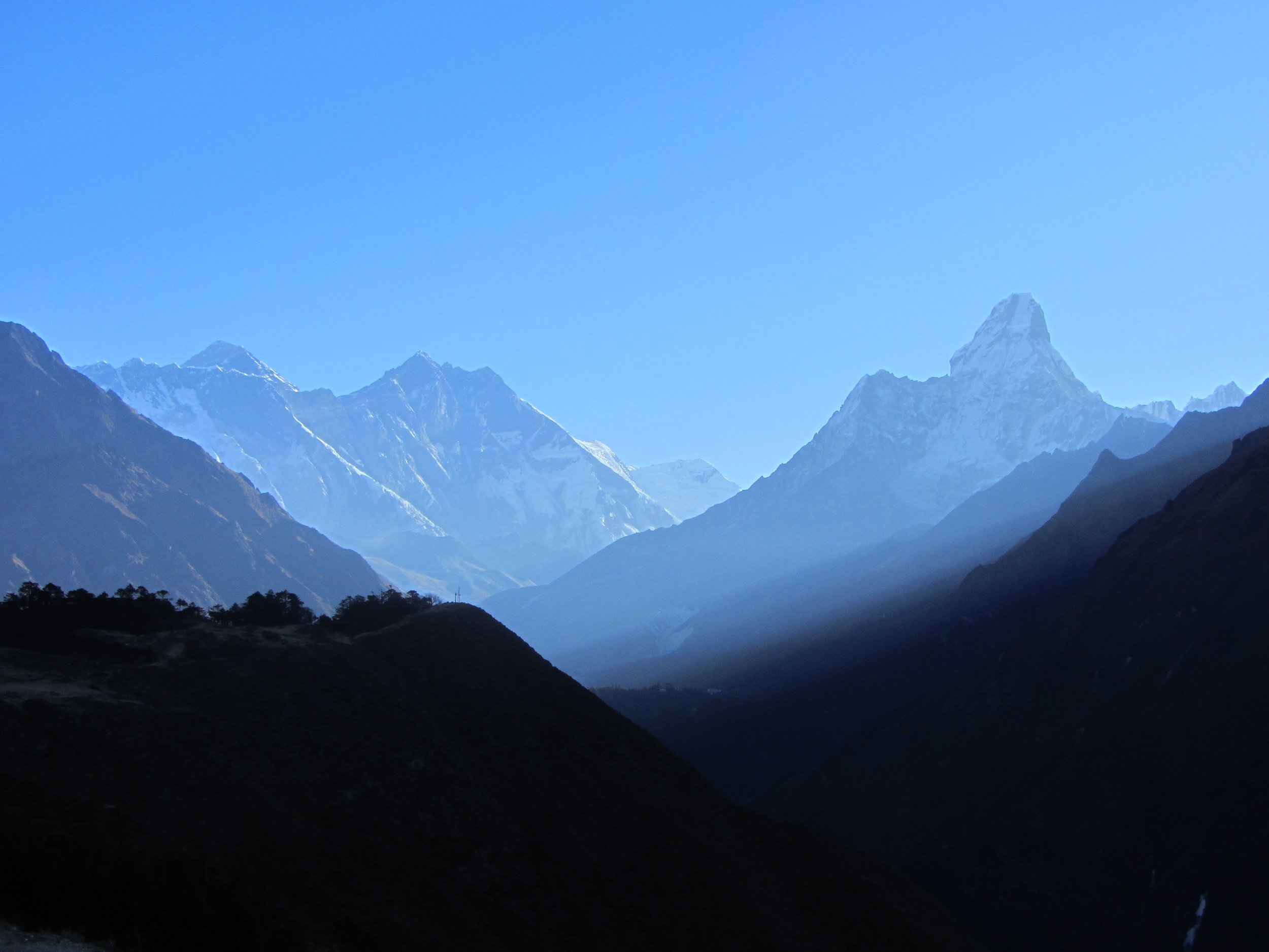EverestClose2.jpg
