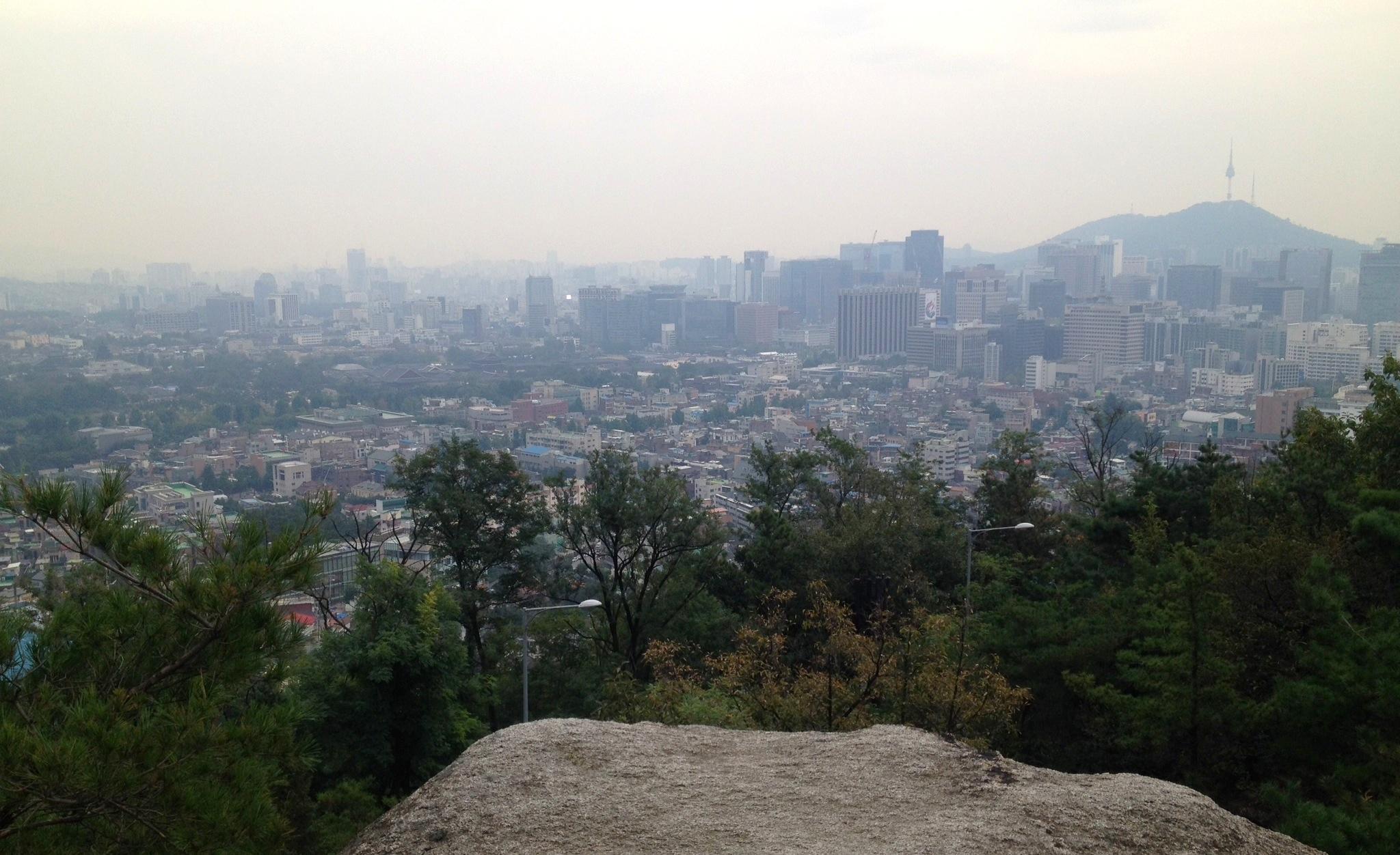 Jongno_view_Inwangsan.jpg