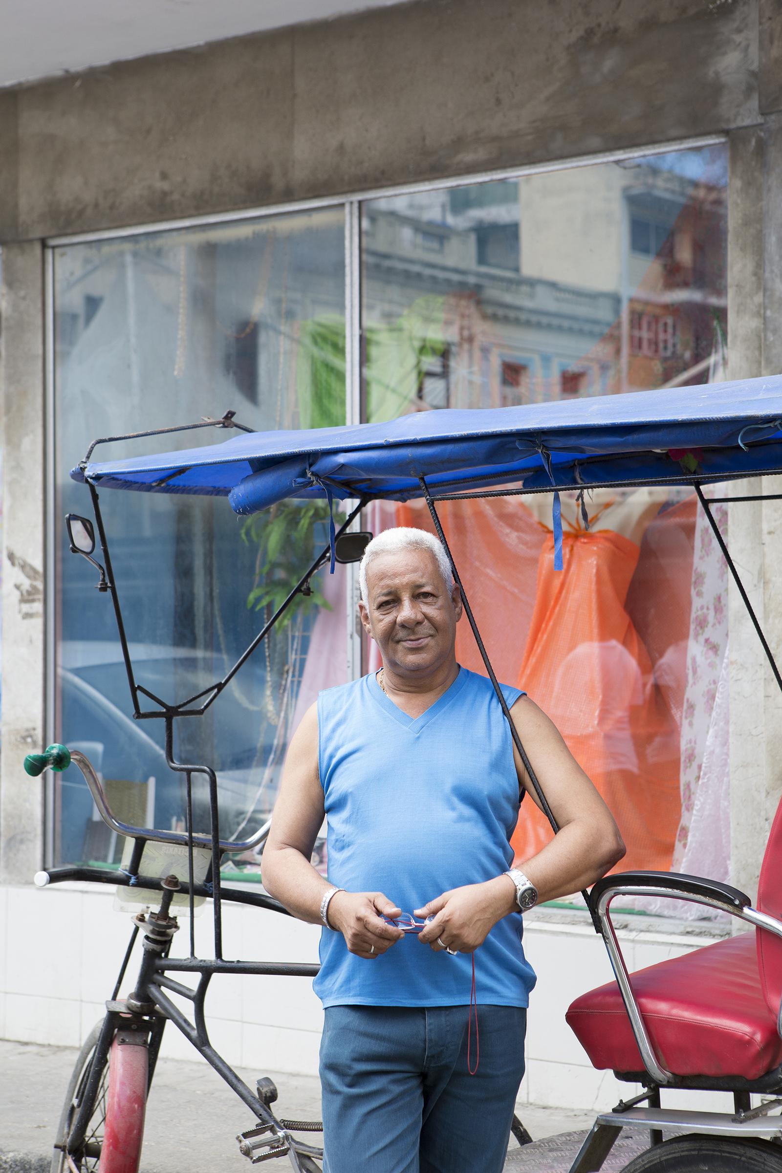 W.R. Salazar