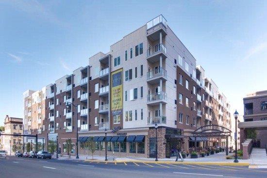 Strata Flats - Four City Center