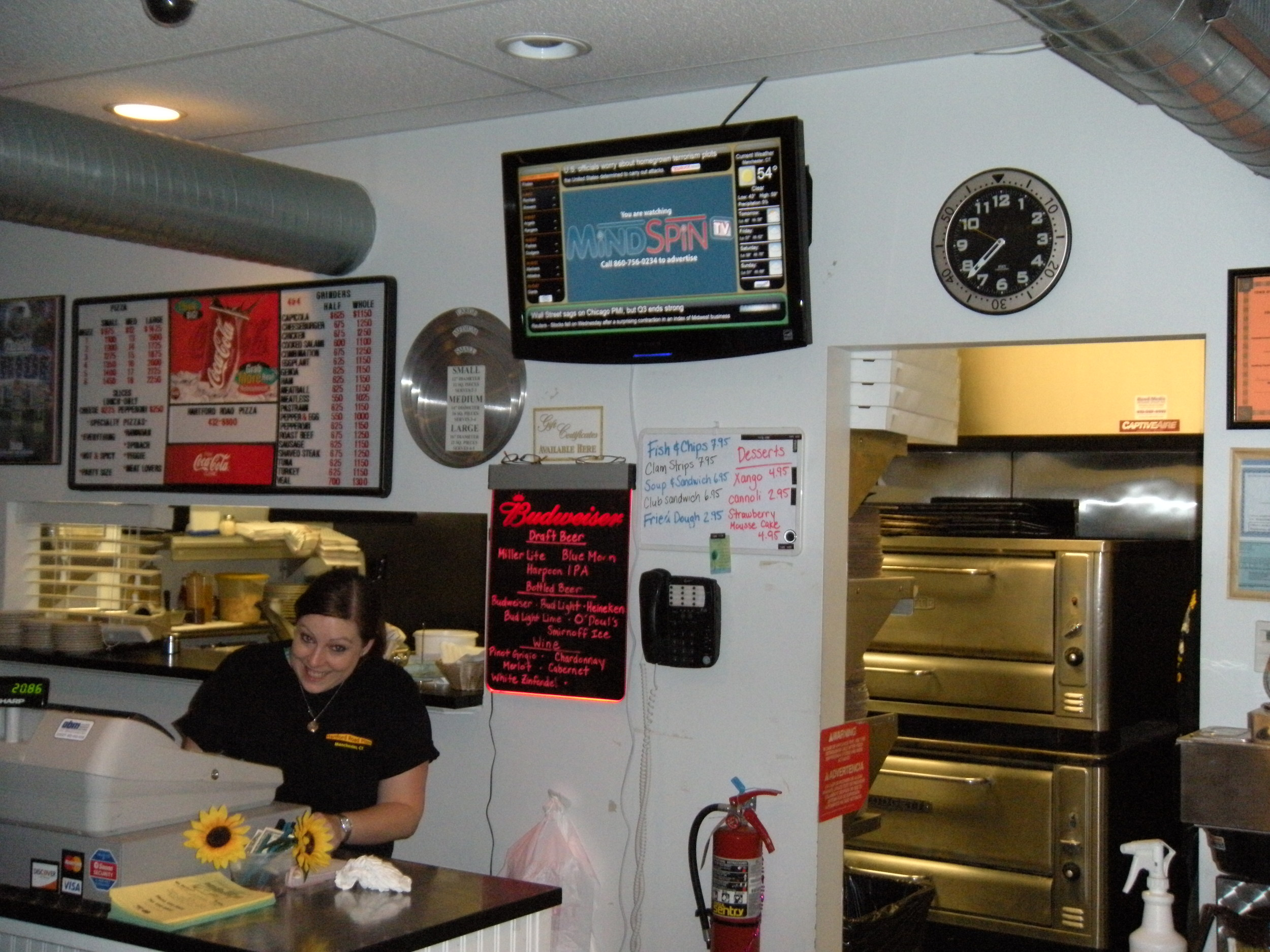 MSTV - Hartford Road Pizza - Manchester, CT.JPG