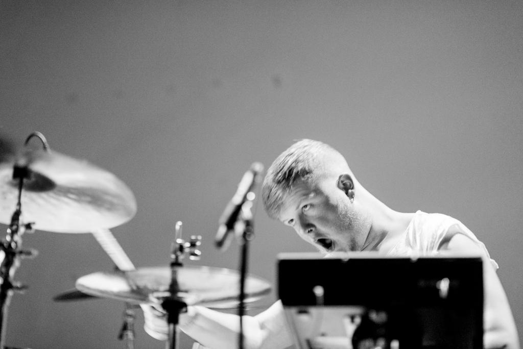 drummer bicurious