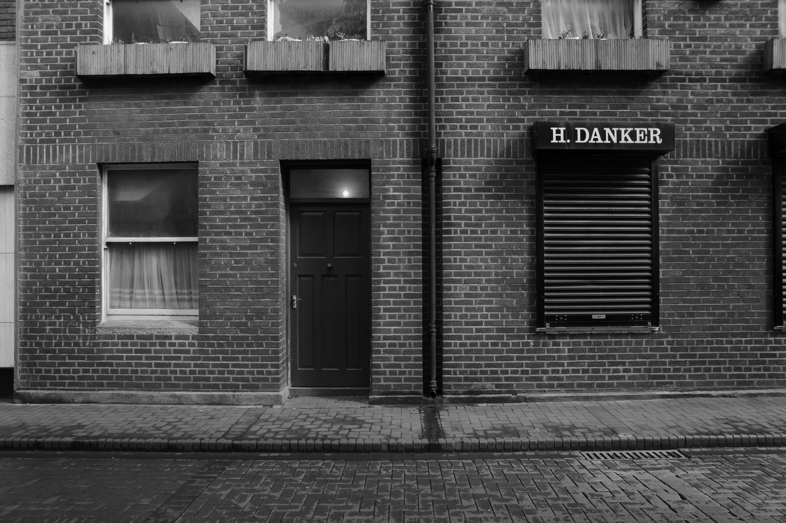 Dublin-streets-flat-on-photos