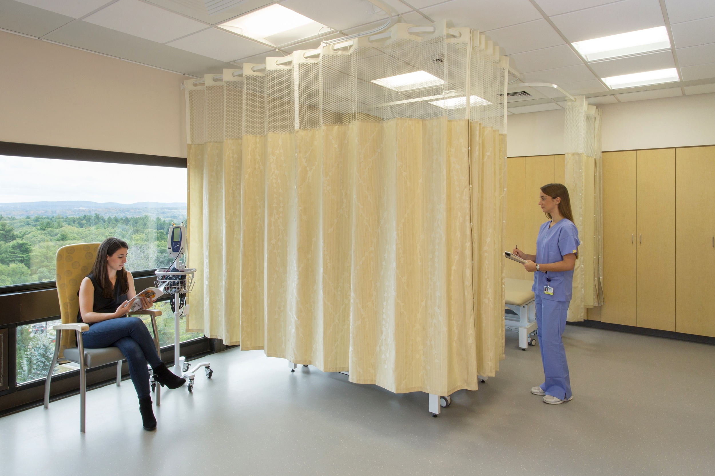 Brigham & Women's Faulkner Hospital Total Joint Center — Linea 5