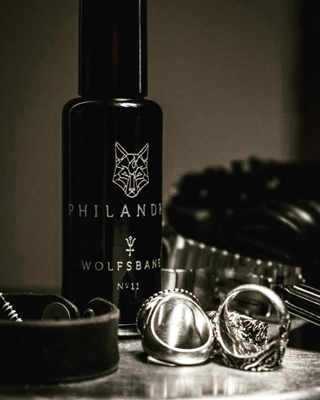 We are  so thrilled to announce that we now carry Wolfsbane, an incredible new scent collaboration between @philandry.men  and @la_curie A deep base of velvety old-growth rare woods, a trinity of fine musk, petitgrain with resinous tobacco qualities, a leathery tone topped with a light high note of bruised neroli and the whisper of a fine gin, neat. We're swooning ... 🖤⚡️🖤 . . . . .  #tucsonrules #masttucson #ilovemast #mercadosanagustin #tucsonboutiques #shoplocal #tucson #desertstyle #greatgifts #styleguide #handmade #madeintucson #smallbusiness #perfume #bestsmells #manly #lacurie #supportlocal #artisanperfumes unisexscent #smallbusiness #smellgood #mastloves #wolfsbane #smellgood #desertstyle #philandrymen