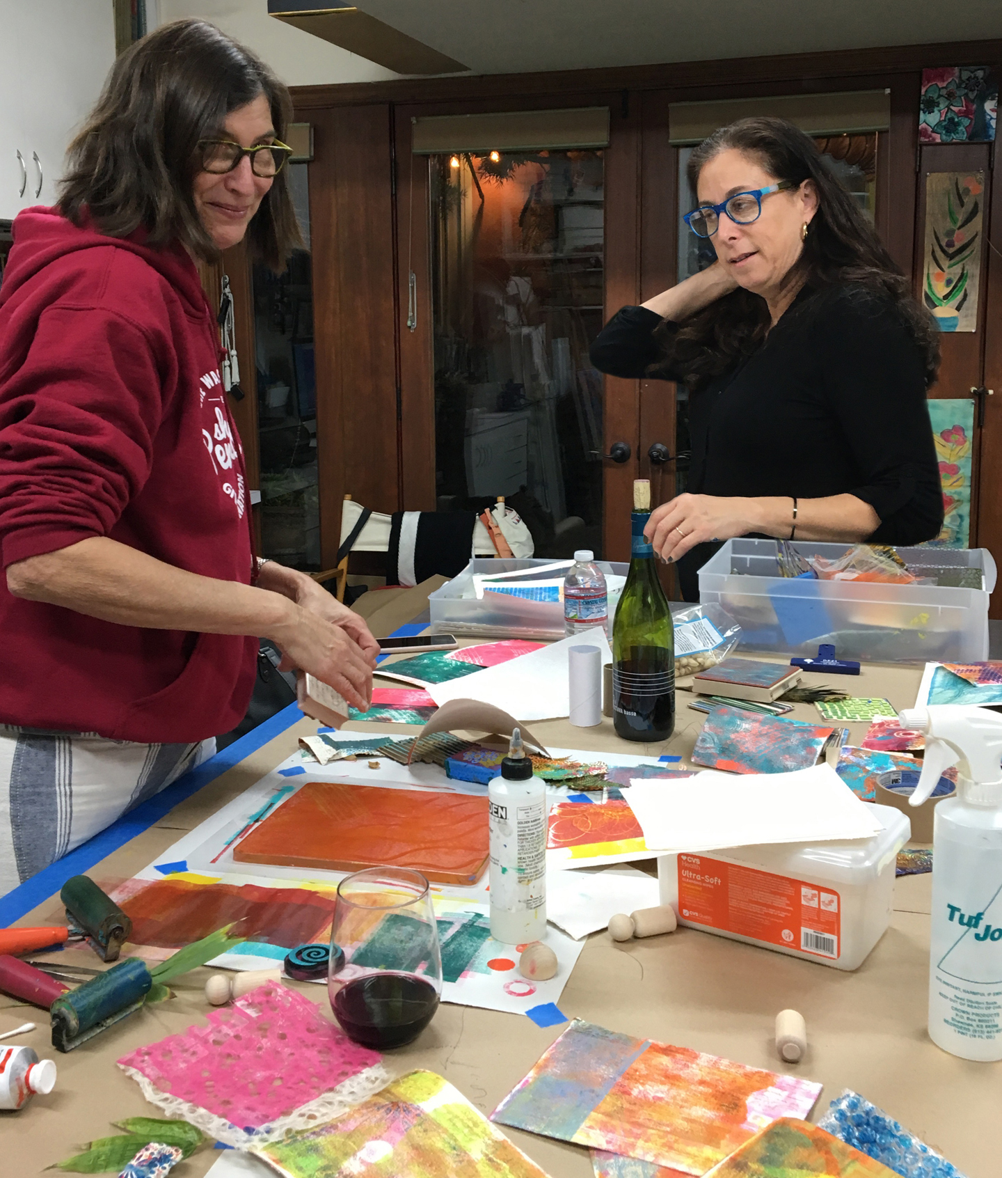 Adult art parties - Can accommodate up to 7 guest.Parties can be scheduled Thursday and Friday evenings or Sunday afternoons.Please email: jamieleehofferfineart@gmail.com