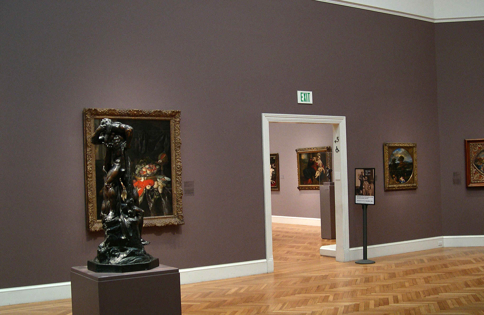 Vertigo - Art Gallery and The Portrait Of Carlotta